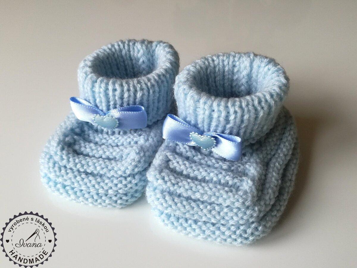 83d6d1b2d Pletené papučky modrá mašlička a srdiečko